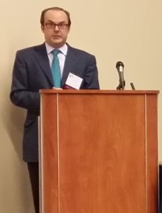 Dan Smolen, Managing Director, The Green Suits, LLC, moderates the sesssion.