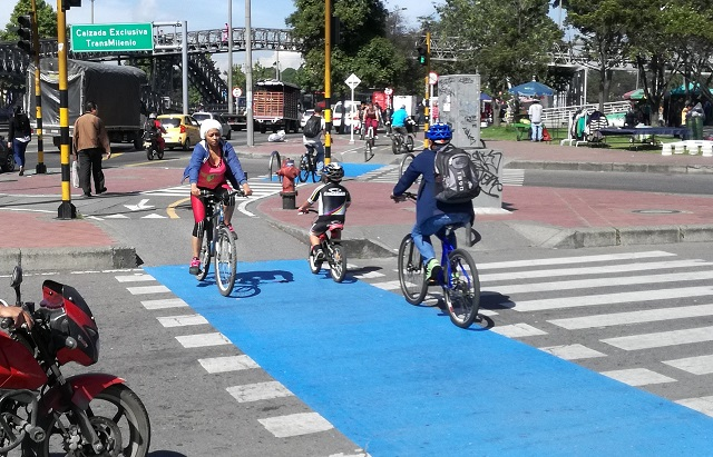4 Lessons from Bhopal and Bogotá on Launching Citywide Bike Sharing
