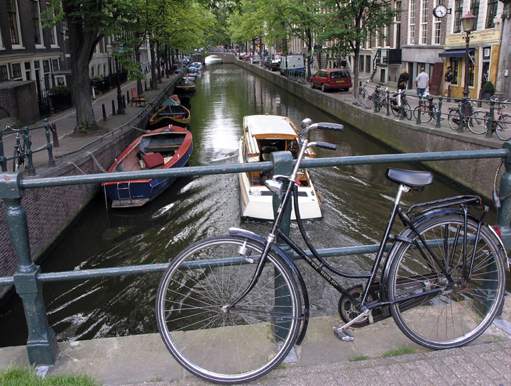 Amsterdam: Towards an Environmental Paradise?
