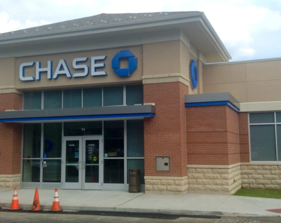Chase Climate Pledge 'Shows the Power of Relentless Environmental Activism' But 'Not Aggressive Enough'