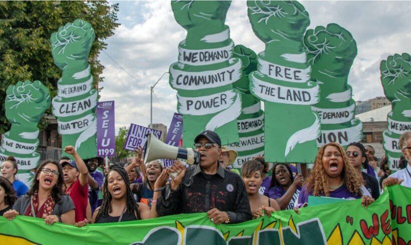 Poll Finds Majority of US Voters Back Green New Deal and Want Lawmakers to Co-Sponsor Resolution